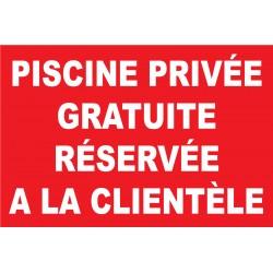 Piscine privée gratuite réservée à la clientèle
