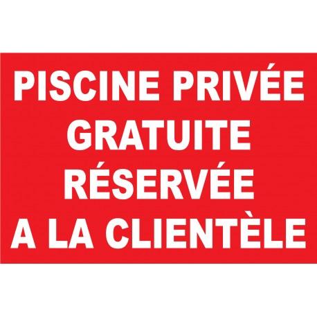 Piscine privée gratuite réservée a la clientèle