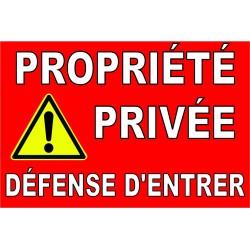 Propriété privée défense d'entrer avec pictogramme danger