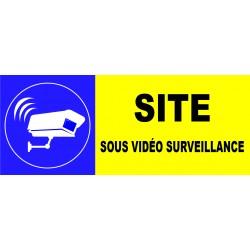 Propriété privé défense de déposer des ordure sous vidéo surveillance