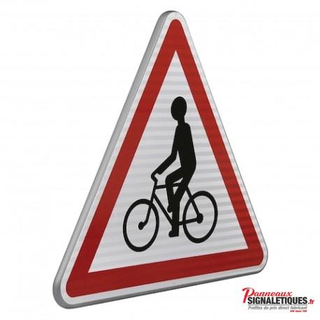 Panneau routier débouché de cyclistes A21