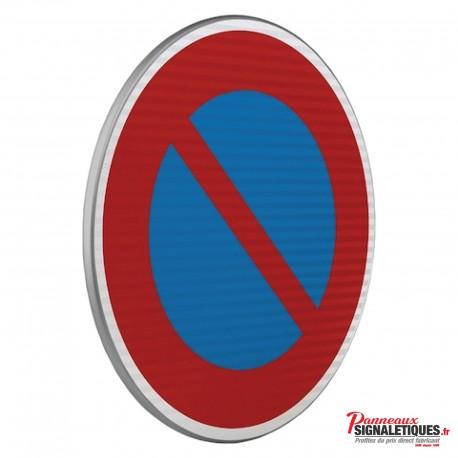 Panneau routier entrée d'unee zone à stationnement interdit B6A1