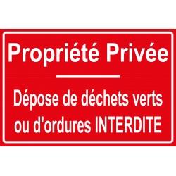 Propriété privée dépose de déchets verts ou d'ordures interdit